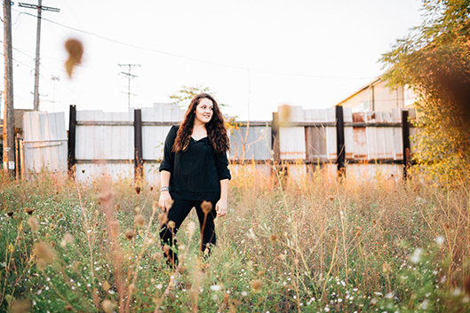 Menomonee Falls Senior Photographer